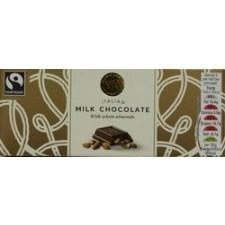 Marks And Spencer Italian Milk Chocolate With Almonds Bar 65g
